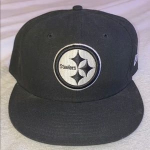 Black and white fitted steelers hat